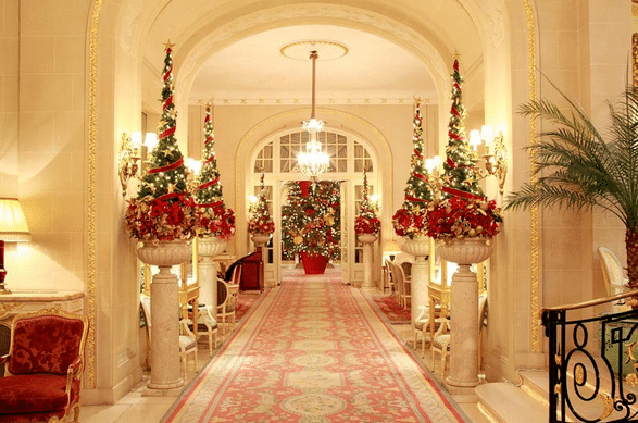Holiday Hallway Interior Design With Rug