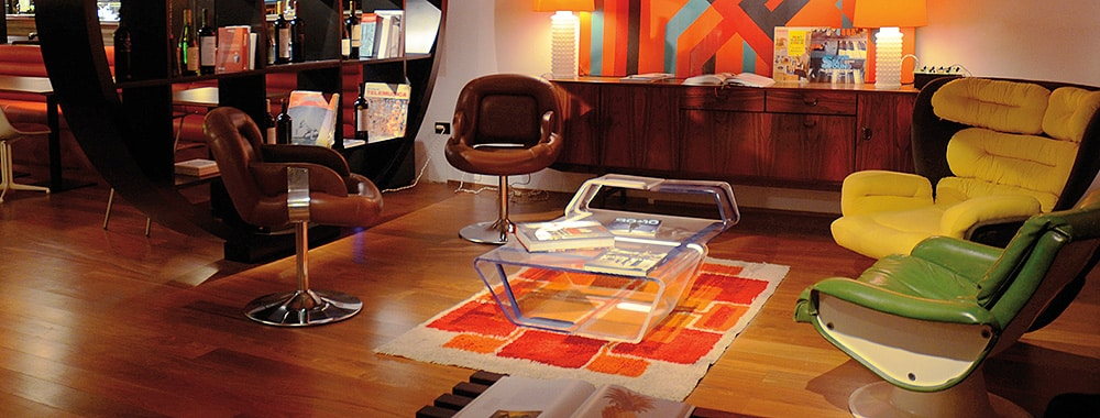 Retro Interior Design With Retro Rugs - Nazmiyal Rugs