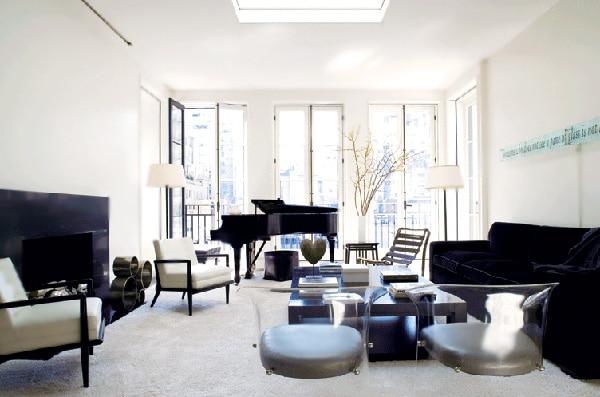Living Room Decorated by Victoria Hagan Interiors Nazmiyal