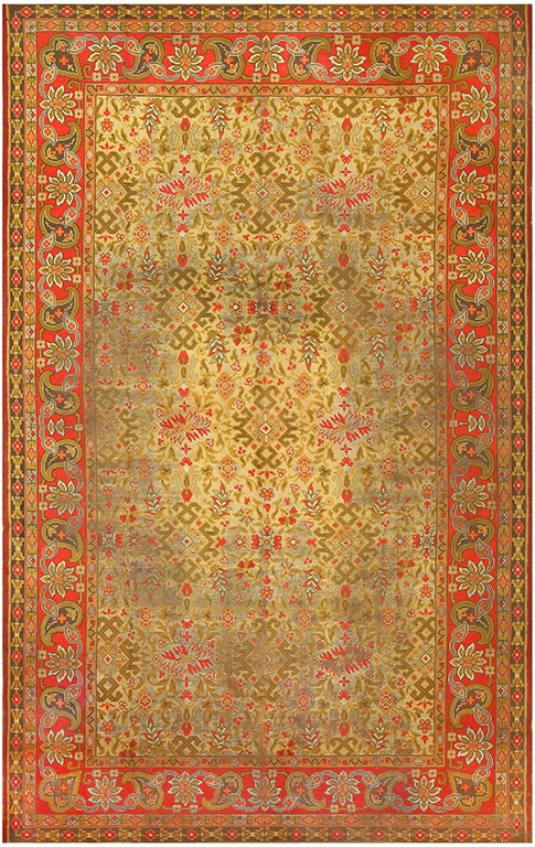 Green Antique Rug from Donegal Irelane, Festive Decorations For The Holidayts