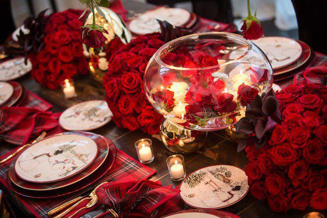 Kris Jenner's Home Christmas Table Decor Namziyal