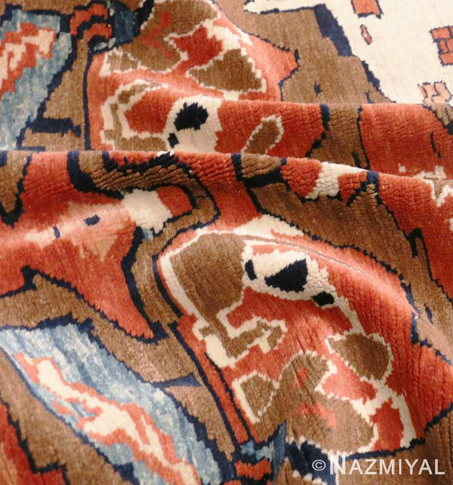 Picture of the texture of the Antique Tribal Persian Bakshaish Rug 49156