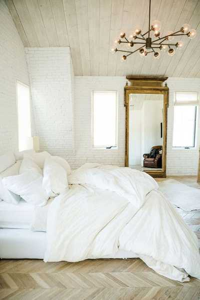 White on Off White Interiors, Nazmiyal Collection