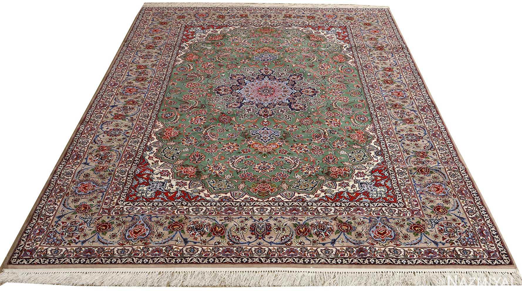 Vintage Isfahan Persian Rug 51153 Nazmiyal Persian Rugs