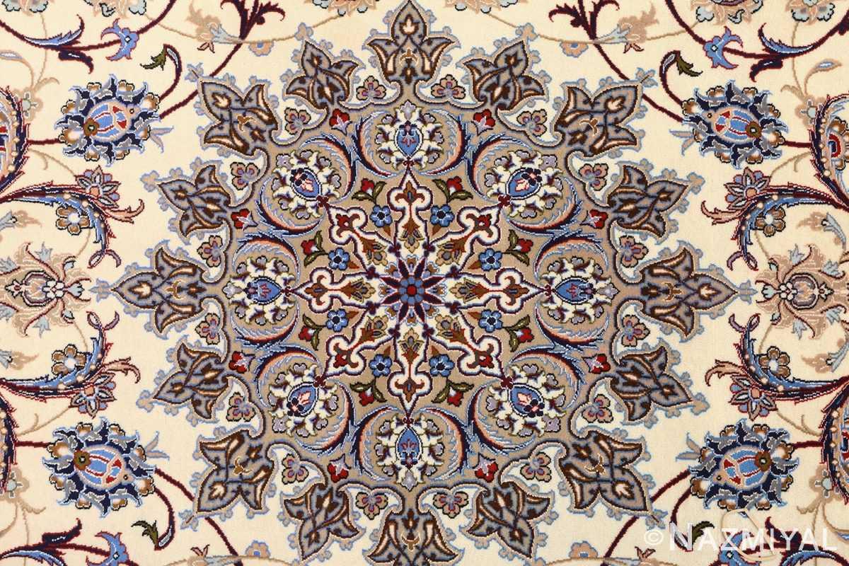 vintage isfahan persian rug 51140 medallion Nazmiyal