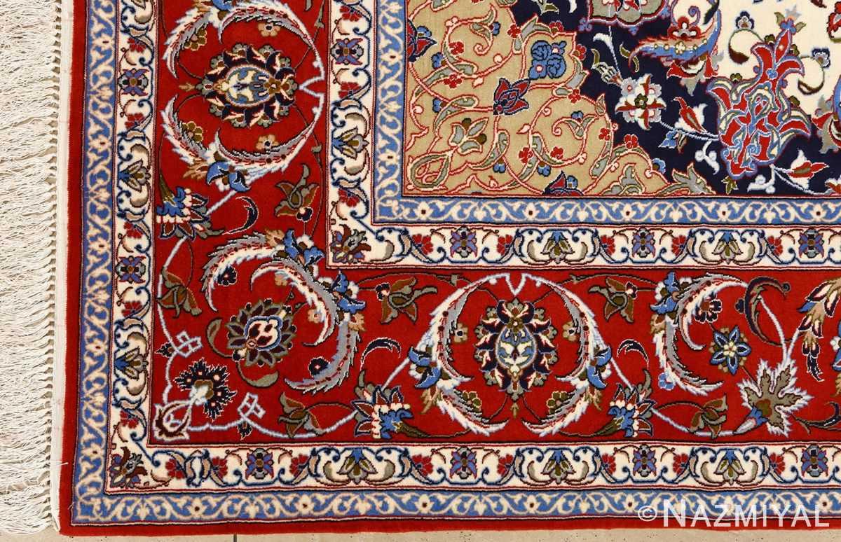 vintage isfahan persian rug 51154 corner Nazmiyal