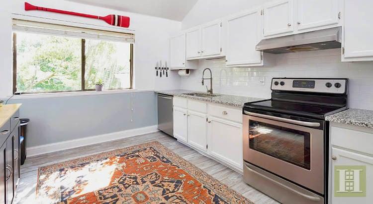 Norwalk CT Kitchen With An Antique Heriz Serapi Carpet Nazmiyal