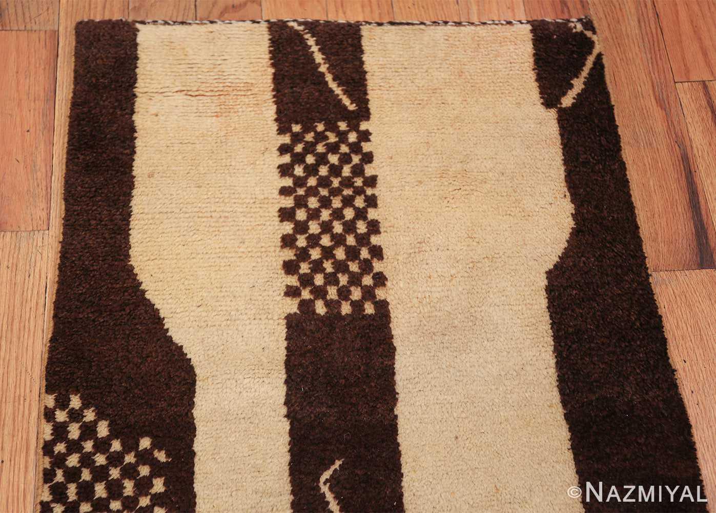 vintage tribal moroccan runner rug 49726 top Nazmiyal