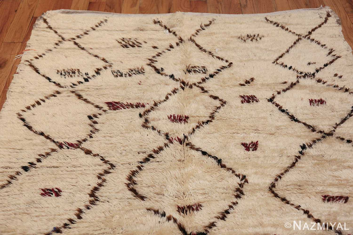 Vintage Small Size Moroccan Rug 49918 Top Design Nazmiyal