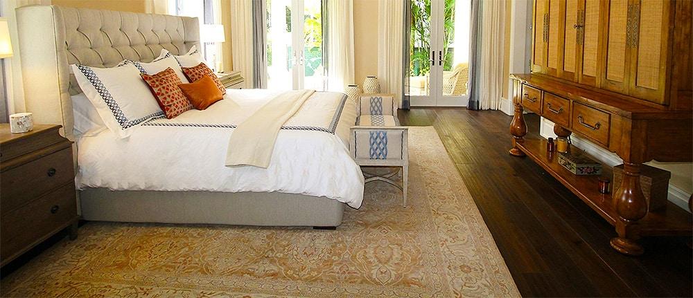 Choosing The Perfect Bedroom Rugs - Nazmiyal