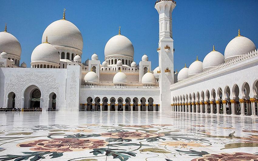 Grand Sheikh Zayed Mosque Abu Dhabi - Nazmiyal Antique Rugs