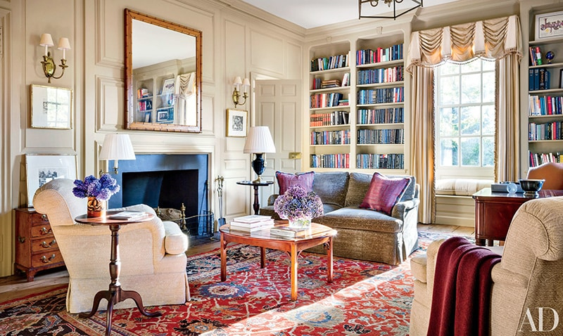 Living Room Interior Decor With Antique Persian Sultanabad Rug - Nazmiyal