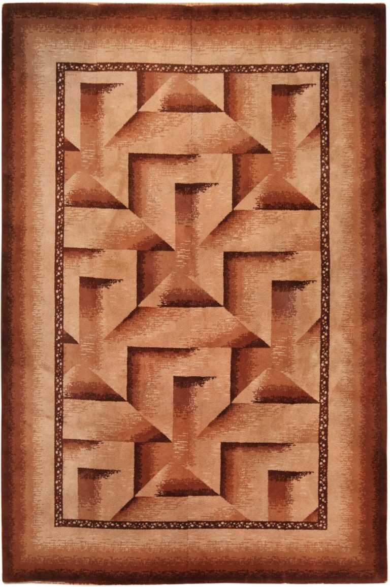 Full view Antique Wilton rug 70074 by Nazmiyal
