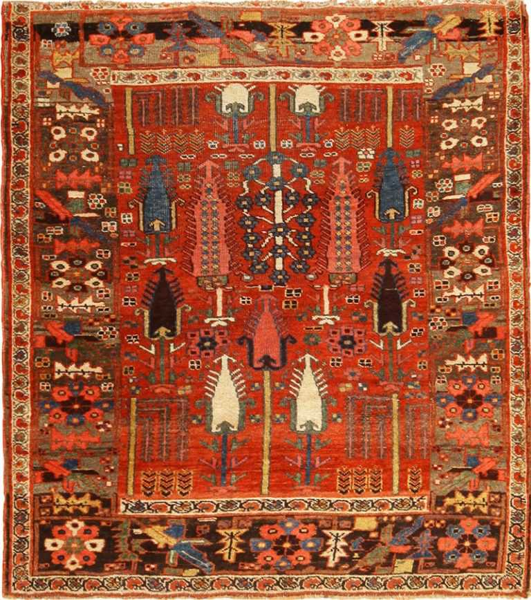 Full view Antique Persian Bidjar rug 70155 by Nazmiyal