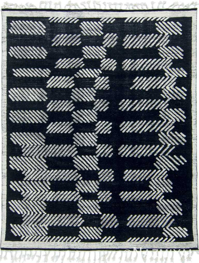 Modernist Collection Rug 172785011 by Nazmiyal NYC