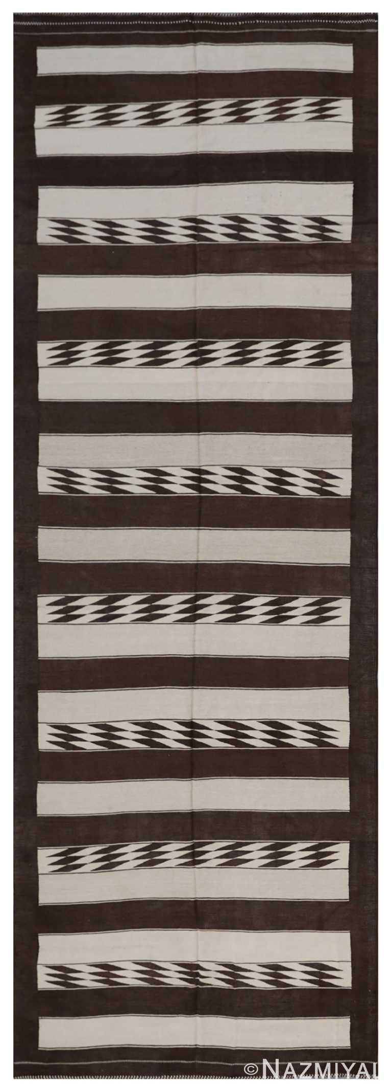 Modern Flat Weave Rug 801916046 by Nazmiyal NYC