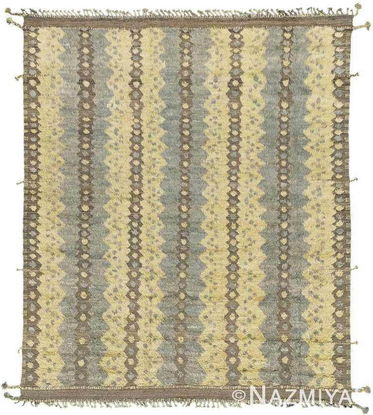 Geometric Textured Modern Distressed Rug 60697 by Nazmiyal Antique Rugs