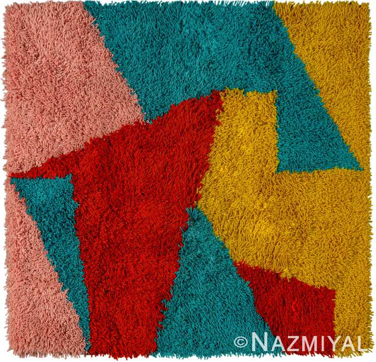 Pukllay Design Kilim Rug By Genaro Rivas 60869 by Nazmiyal Antique Rugs