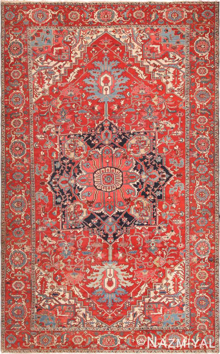 Large Antique Persian Serapi Area Rug 71112 by Nazmiyal Antique Rugs